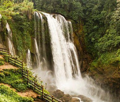 Hondura's waterfalls